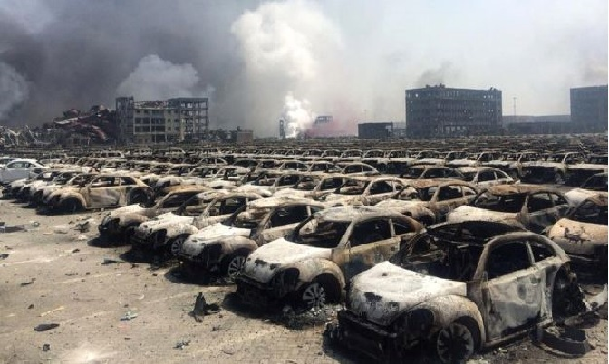 Buildings and hundreds of cars in the port area were destroyed.