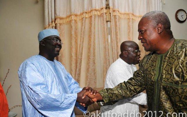 President Mahama shacking Hand with Dr Bawumiah