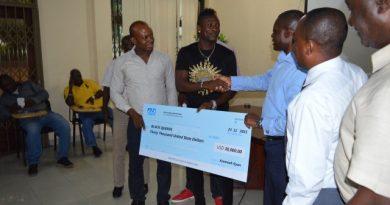Asamoah Gyan Donating To the Black Queens Photo Credit : Emmanuel Mensah