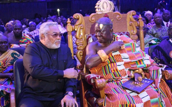 President Rawlings in a tete a tete with Otumfuo Osei Tutu II at the ceremony