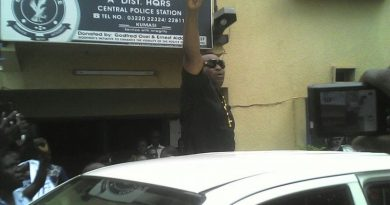 Chairman Wontumi acknolwedging cheers from his supporters at the Police station