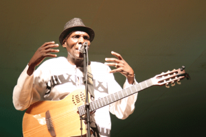 Oliver Mtukudzi Photo Courtesy: southerneye.co.zw