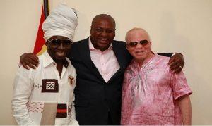 Prez. Mahama in shot with legends Kojo Antwi and Salif Keita.
