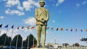 Selassie statue 2