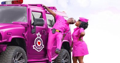 Okyeame Kwame and Wife Launch Book On Relationships [Book Review And Photos]